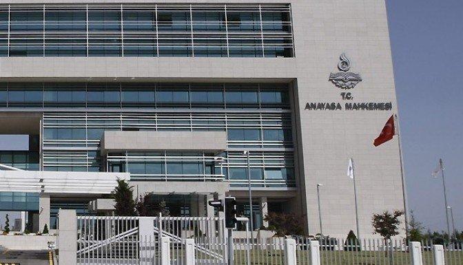 Anayasa Mahkemesi HSYK düzenlemesini iptal etti