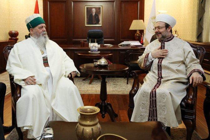 """""""Dünya bilsin ki, Bektaşilik İslam dininin içindedir"""""""