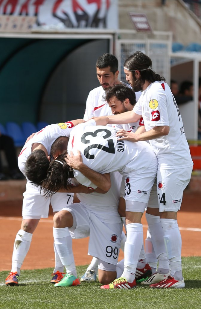 TKİ Tavşanlı Linyitspor: 1 Kahramanmaraşspor: 1