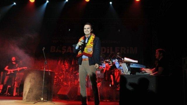 Mustafa Ceceli Malatya'da konser verdi