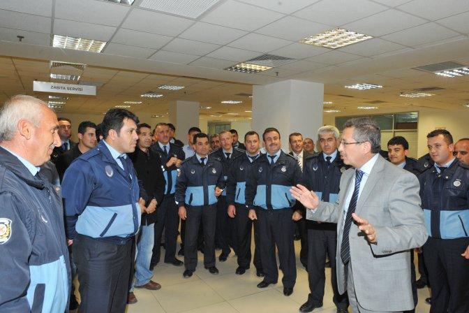 Başkan Poyraz Personelden Helallik İstedi