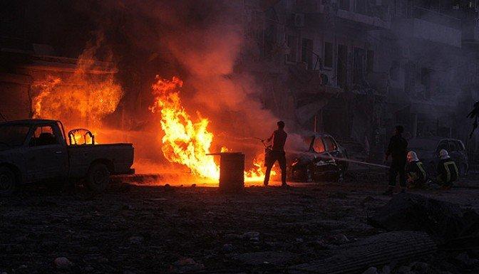 Esed yine ölüm yağdırdı: 93 ölü