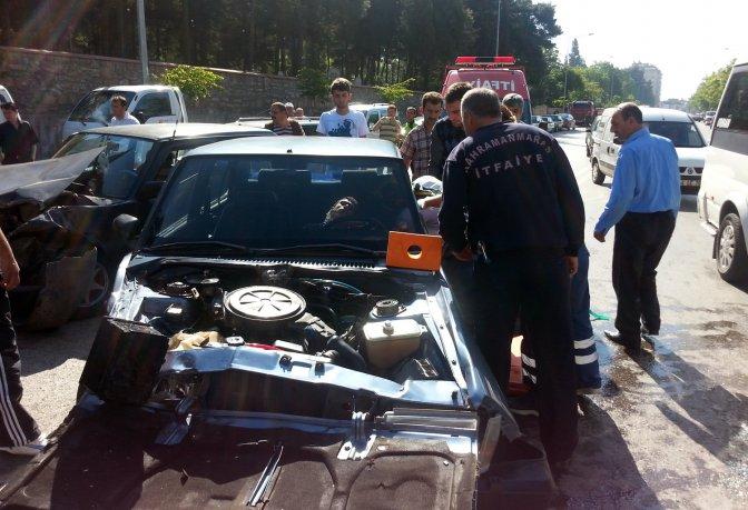 İtfaiyeden Trafik Kazasına Müdahale