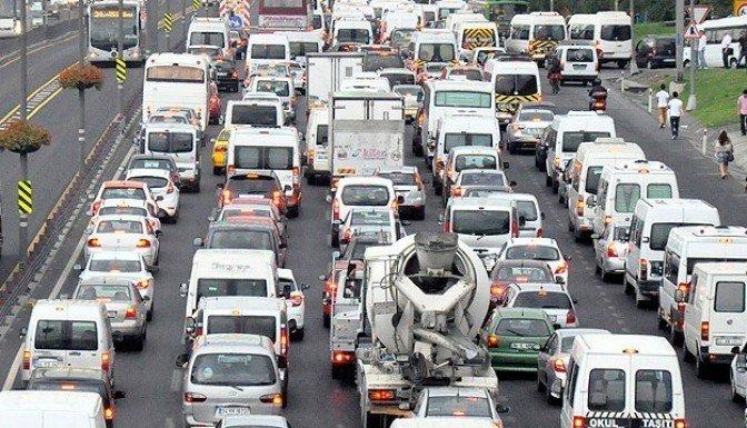 Trafiğe kayıtlı araç sayısı 18 milyon 288 bini aştı