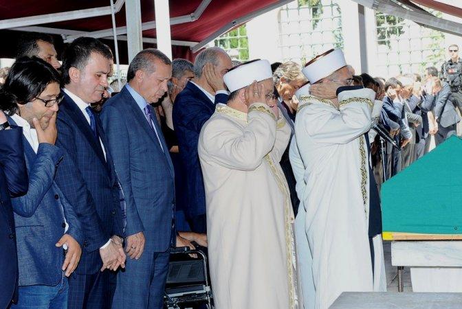 Göğebakan için Fatih Camii'nde cenaze töreni düzenlendi