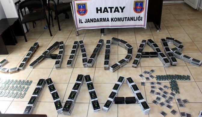 Sınırda 2 milyonluk cep telefonu kaçakçılığı