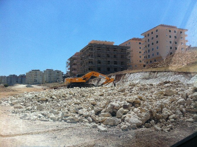 Gaziantep'in Dört Bir Yanına Yeni Yollar Açılıyor