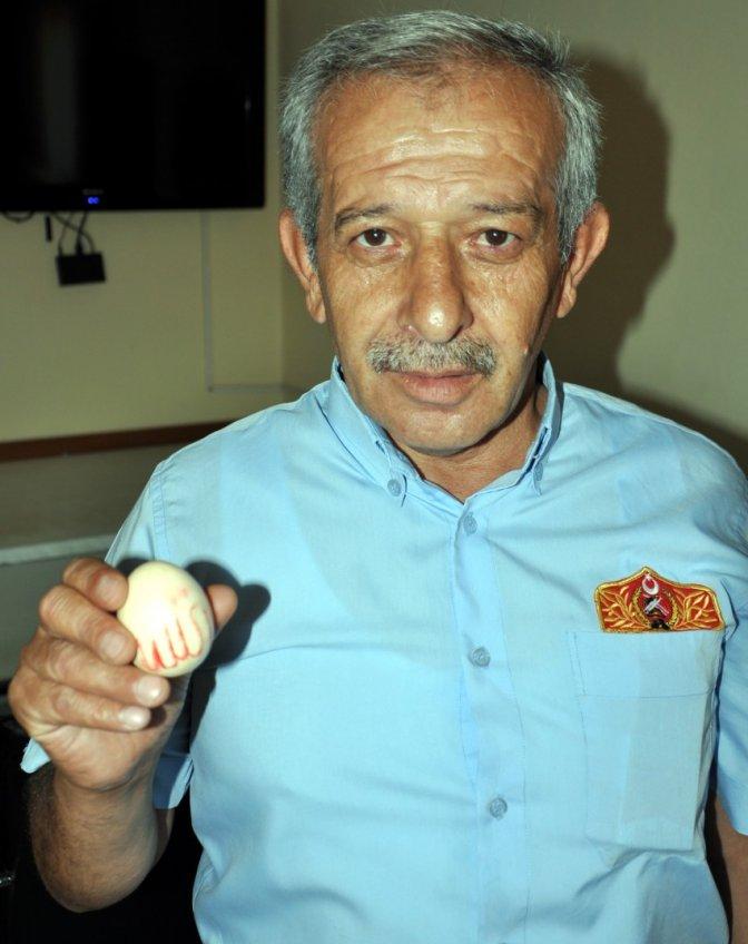 Yumurtadaki 'Allah' yazısı şaşırttı
