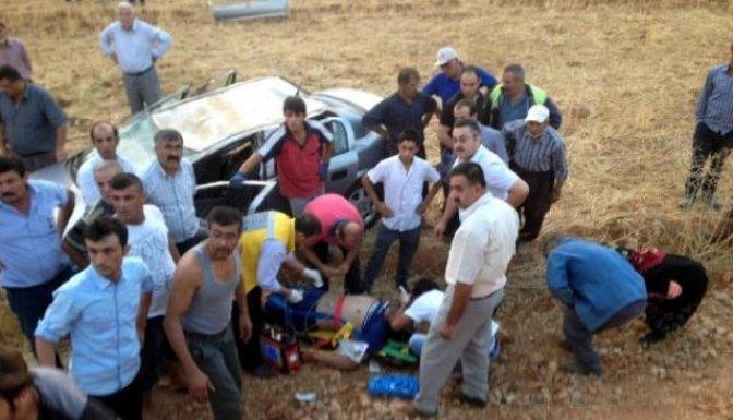 Araç takla attı:2 Yaralı