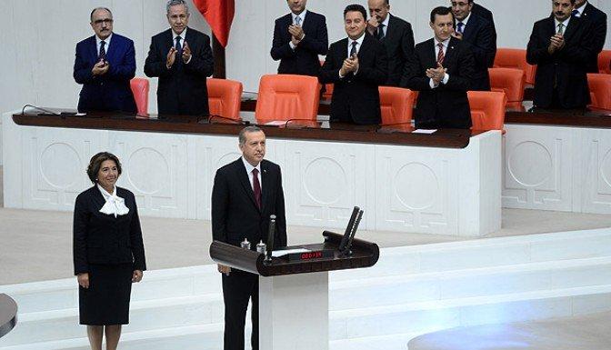 Erdoğan yemin ederek göreve başladı..