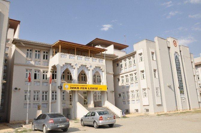 Elbistan Fen Lisesi, 120 Öğrencisini Bekliyor