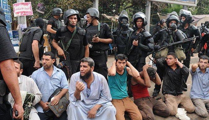 Mısır'da ordu sistemli ve kasten ölümcül orantısız güç kullandı