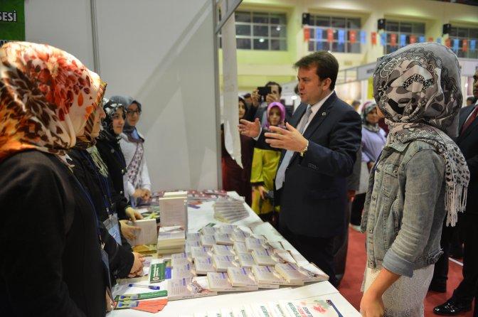 Başkan Erkoç, Hafta Sonu Kitap Fuarındaydı…