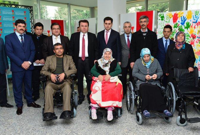 Engellilerin Akülü Araba Sevinci