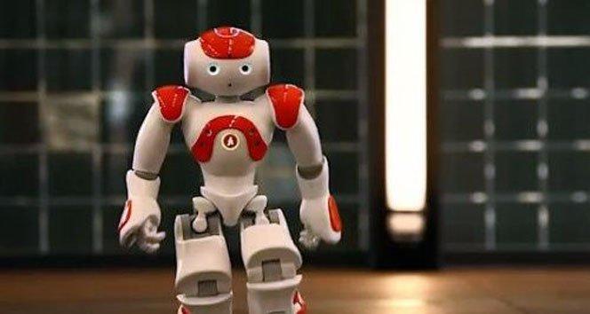 Japonya'nın en büyük bankası robotlara emanet!!