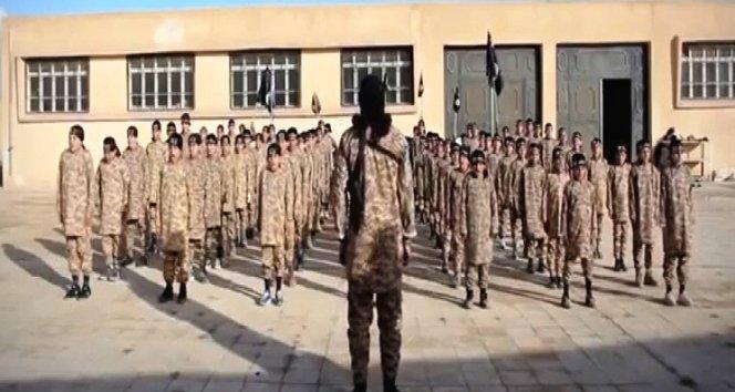 IŞİD, çocukları böyle eğitiyor.!!