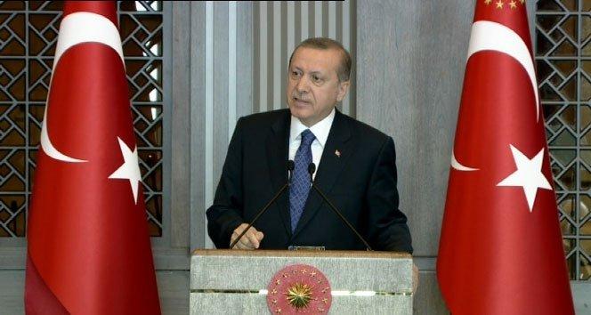 Erdoğan: 'Vatanı satmak yüksek faizle olur'
