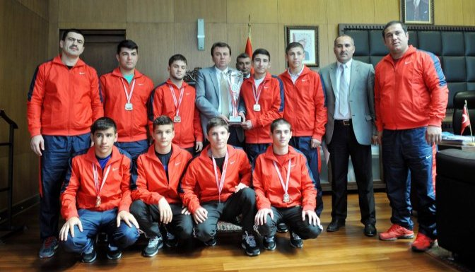 Yıldızlar Türkiye Şampiyonu, Belediyespor Güreş Takımı