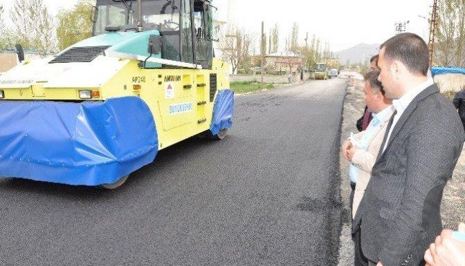 Büyükşehir, Elbistan'da asfalt çalışmalarına başladı