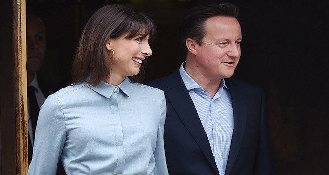 İngiltere 'Cameron ile devam' dedi ama...!