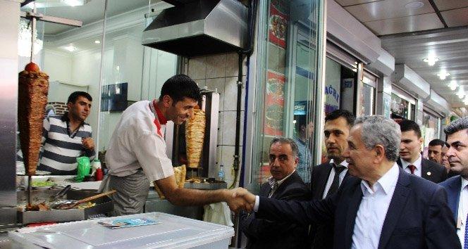 Arınç Diyarbakır'da esnaf ziyareti yaptı!
