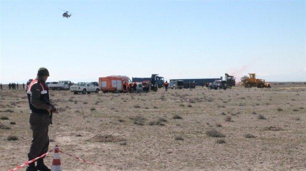 Konya'da sivil uçak düştü: 2 yaralı!