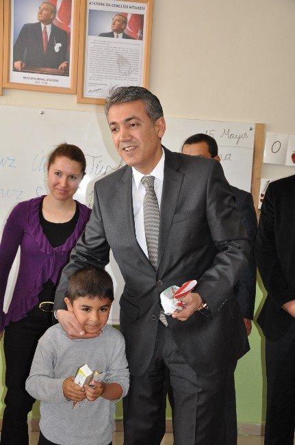 Elbistan'da 6 Bin Öğrenciye Ağız Sağlığı Seti