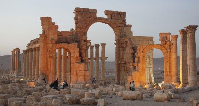 IŞİD antik kenti de ele geçirdi!