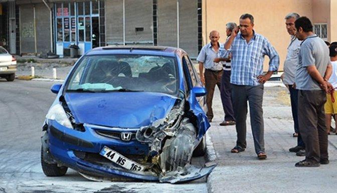 Hastane Yolunda Kaza: 5 Yaralı!