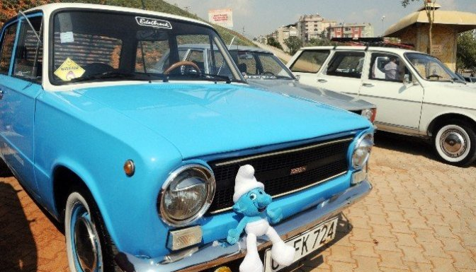Klasik araç tutkunları trafiğe çıktı