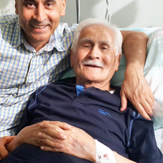 Şair Bahaettin Karakoç Ameliyat Oldu!