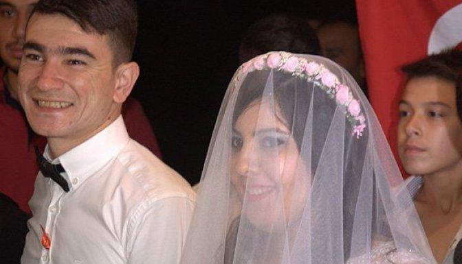Düğününe gelemeyen uzman muradına erdi!