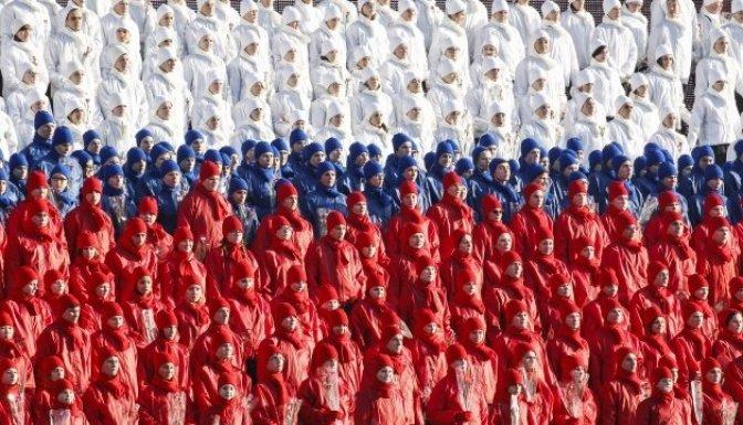Sovyet askerleri Kızıl Meydan'da!!