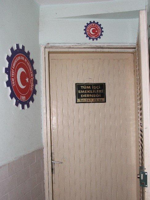 Emekli Derneklerinde Milyonluk Usulsüzlük!
