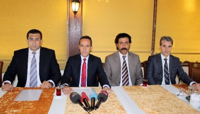 Kahramanmaraş'ta Mhp'li yöneticiler istifa etti