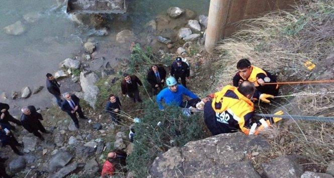 Osmaniye'de kanyona düşen şahıs böyle kurtarıldı!