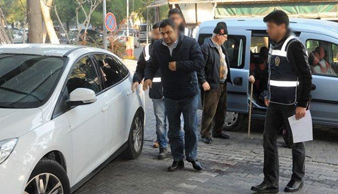 Eski Rektör Laçiner gözaltına alındı!