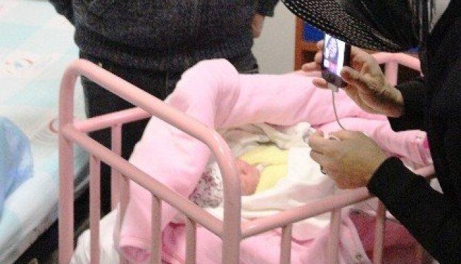 Yeni yılın ilk bebeği 3G ile merhaba dedi