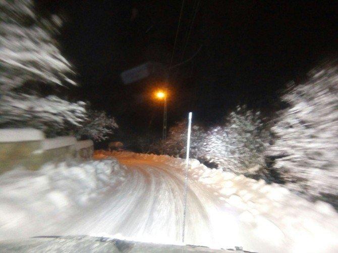 Göksun Yolunda Kar Ve Tipi Sürücüleri Vurdu!