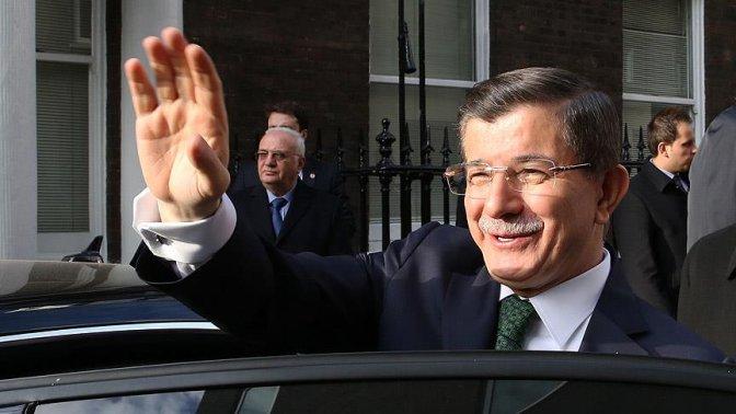 Başbakan Ahmet Davutoğlu yurda döndü!