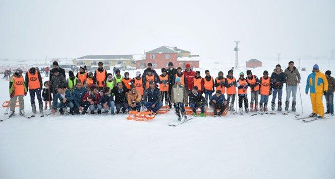 Çocukların kayak keyfi!