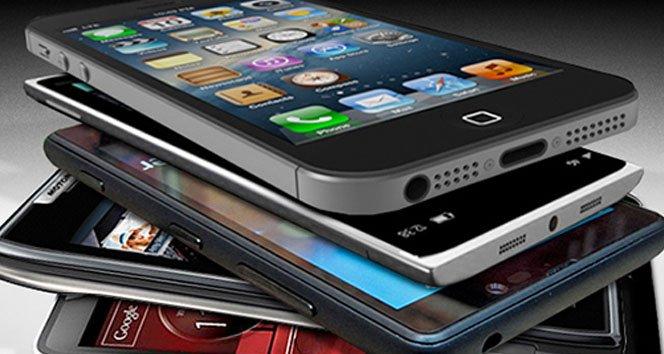 Apple, Samsung'a yine fark attı!