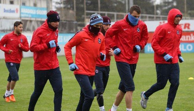 Trabzonspor yağmur altında çalıştı!