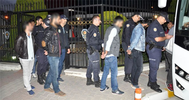 Aralarında HDP'li Başkanın da bulunduğu 16 terör şüphelisi adliyede!!