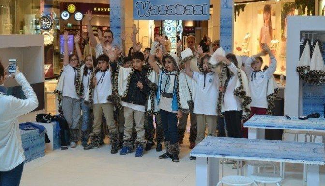 Çocuklar, Eskimoların sıra dışı dünyasını keşfetti