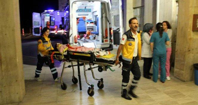 Sahura yetişmek isteyen aile kaza yaptı: 5 yaralı!