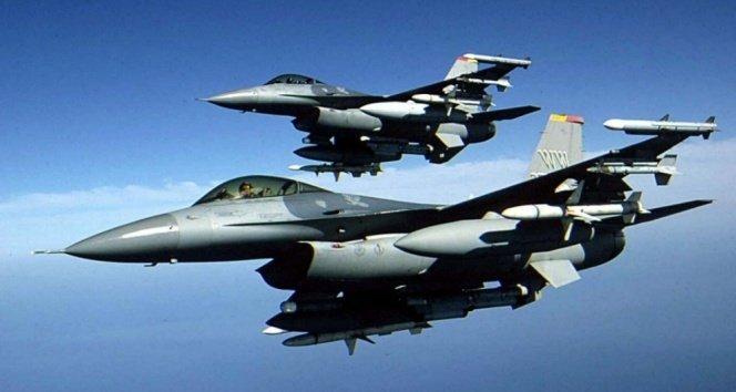Kuzey Irak'daki ve Lice kırsalındaki bölücü terör örgütü hedeflerine savaş uçakları bomba yağdırdı!