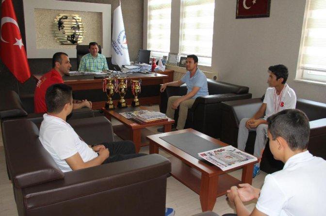 Kahramanmaraş'ın Gençleri 3 kupa ile döndü!