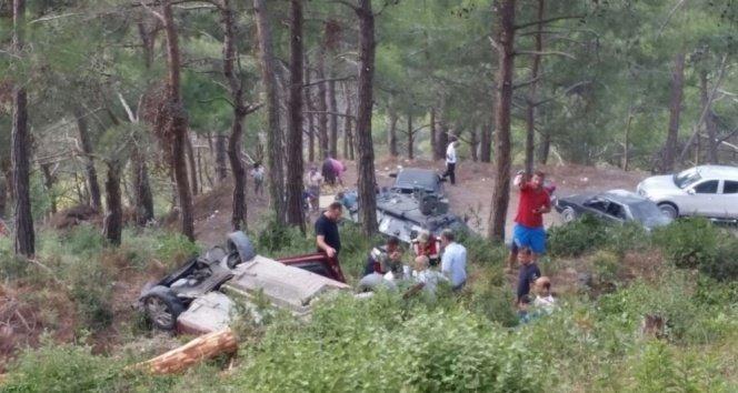 Piknik dönüşü uçuruma yuvarlandılar!