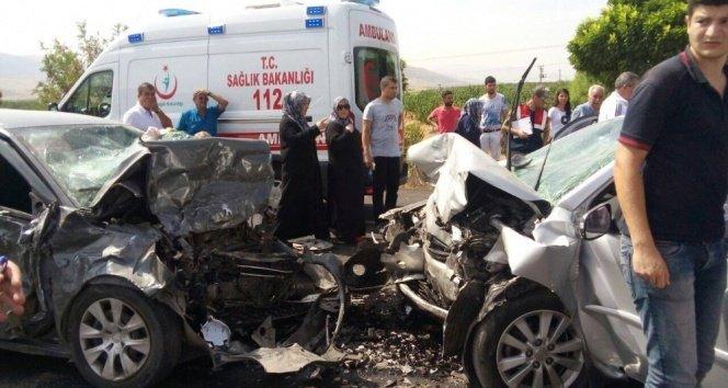 Malatya-Kayseri yolunda kaza: 4 ölü, 1 yaralı!